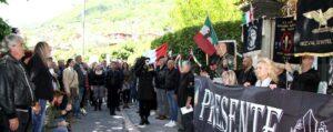Mussolini herdenking door neofascisten